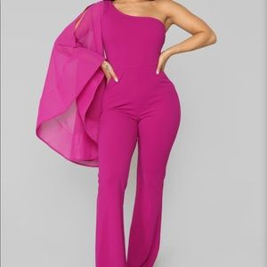 Women's Size XS Magenta Holiday Jumpsuit🦄